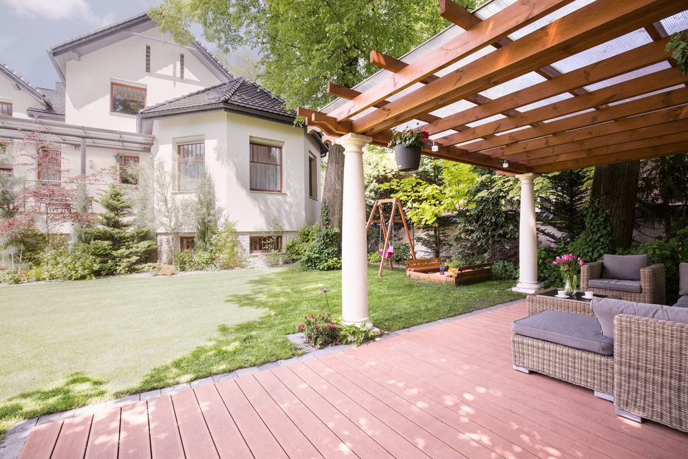 Choosing an Arbor Design for Your Outdoor Project